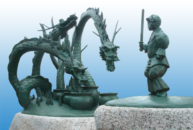 出雲神話モニュメント「スサノオのオロチ退治」1
