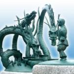 出雲神話モニュメント「スサノオのオロチ退治」